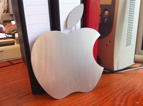 Aluminium Apple logo ter decoratie